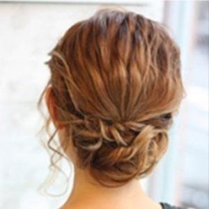 【選び抜かれたプロのヘアメイクが担当★】結婚式・デートにも人気♪
